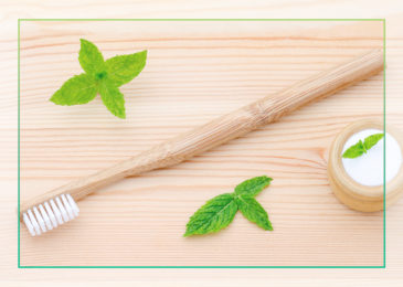 Why Tooth Powder is the Best for Brushing